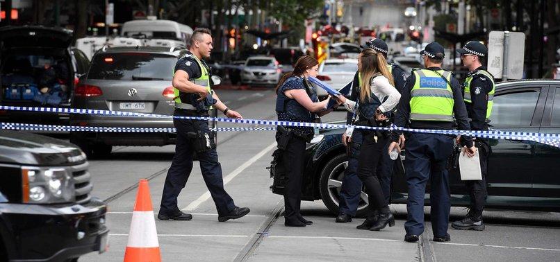1 DEAD, 2 INJURED IN STABBING ON MELBOURNE STREET