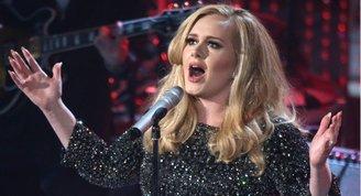 Adele'e Titanicli doğum günü!