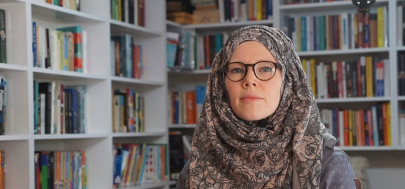 MUSLIM CANADIAN MOTHER SIMPLIFIES RELIGION FOR CHILDREN