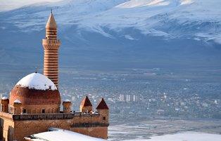 Ishak Pasha Palace amazing its visitors with its 235-year history