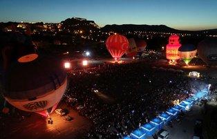 Hot air balloons brighten up Cappadocia skies