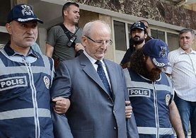 Adem Huduti ve beraberindekilerin şaşırtan diyaloğu!