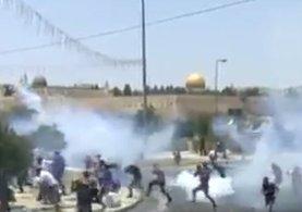 İsrail askerleri Filistinlilere saldırıyor!