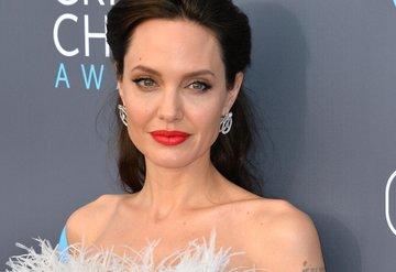 Angelina Jolieden kız çocuklarına öğütler