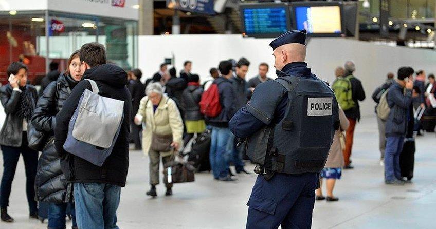 Fransa'da kadınların yüzde 81'i tacize maruz kalıyor