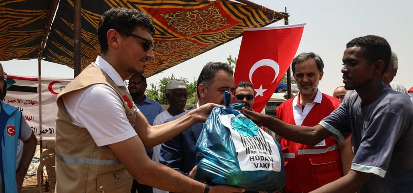 TURKEY HELPS FLOOD VICTIMS IN SUDAN