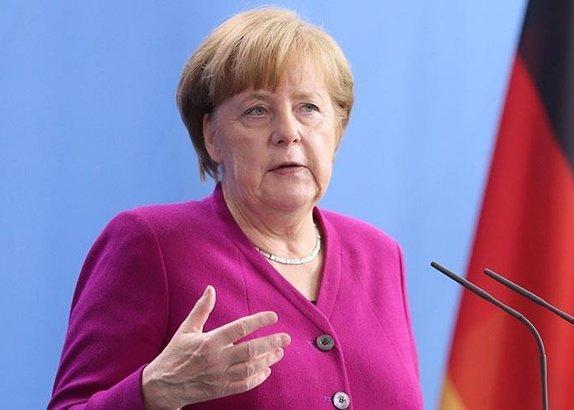 Merkelden Suriye açıklaması