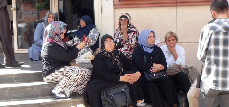 KURDISH MOTHERS DETERMINED TO NOT LEAVE THEIR SONS TO PKK