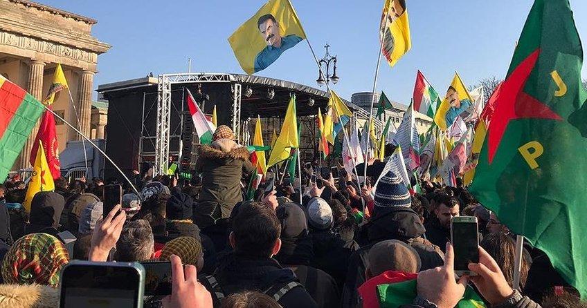 Almanya, YPGnin PKKnın uzantısı olduğunu kabul etti