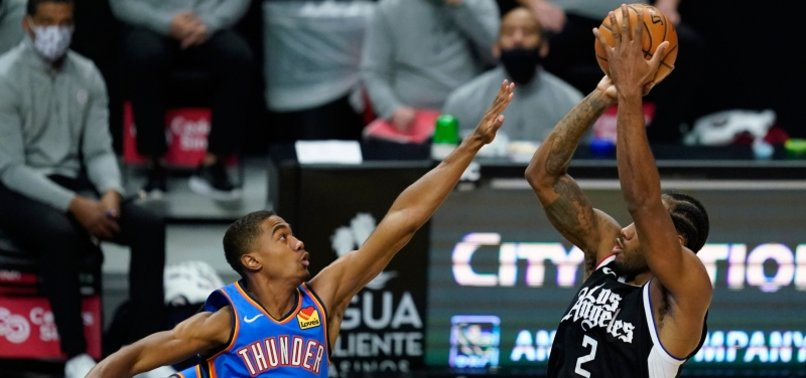LEONARD, CLIPPERS BEAT THUNDER FOR 7TH STRAIGHT VICTORY