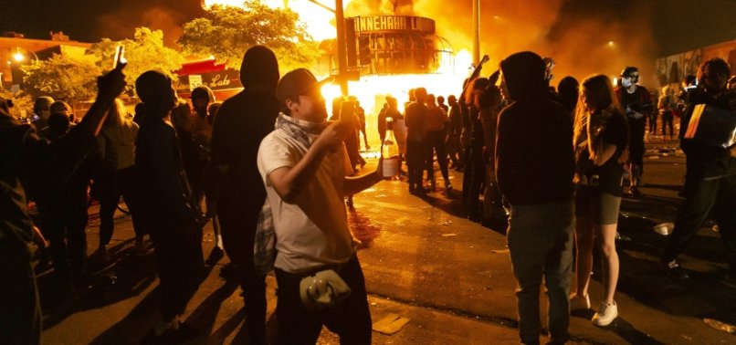 HOW MESSAGING TECHNOLOGY IS HELPING TO FUEL GLOBAL PROTESTS