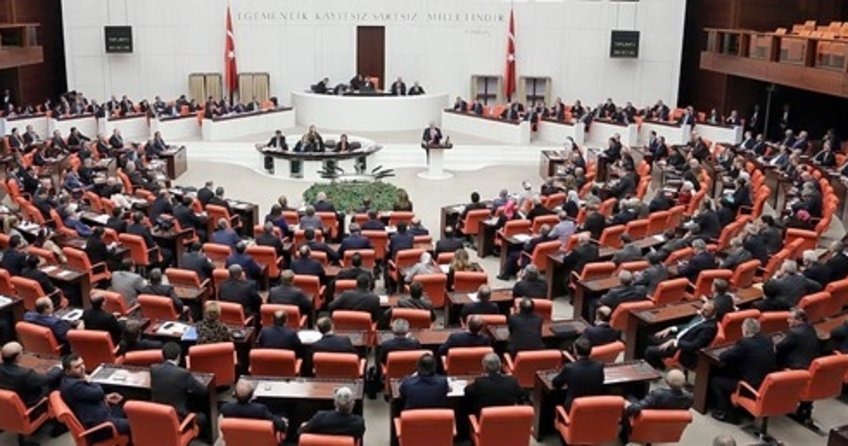 Anayasa değişiklik teklifinin 1.ve 2. maddeleri kabul edildi