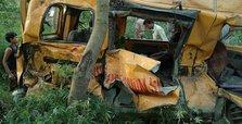 13 children killed in India when train hits school van