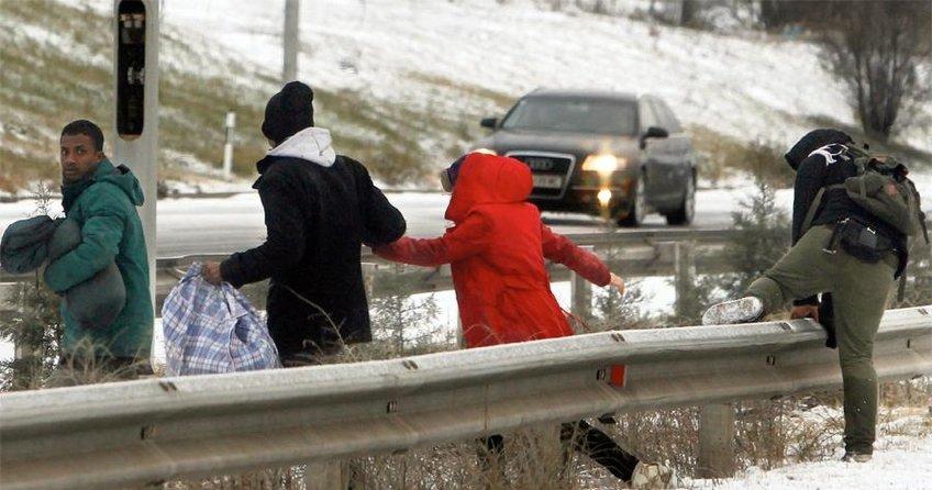 Mülteciler kaçak yollardan Türkiye'ye dönüyor