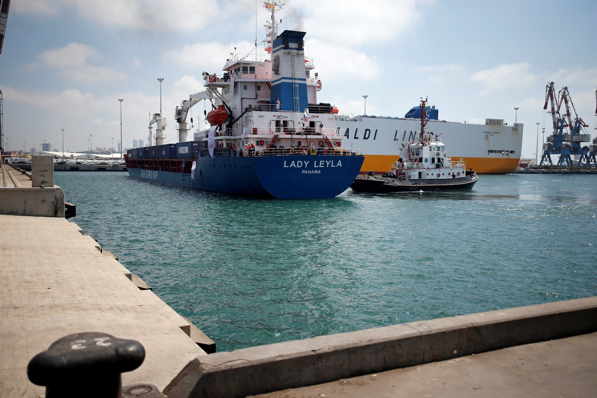The Panama-flagged Lady Leyla, a Turkish ship carrying humanitarian aid to Gaza, enters Ashdod port, in southern Israel July 3, 2016. (REUTERS Photo)