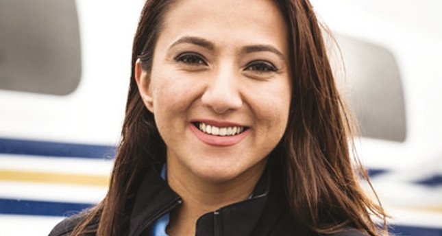 Amacının peşinde bir kadın pilot