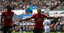 Manchester United hit four for second straight week