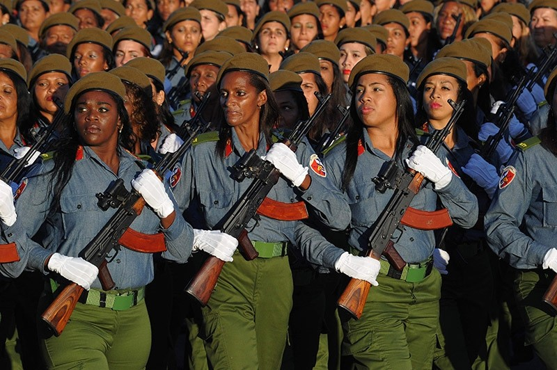 Cuban troops participate in a military parade in honor of recently deceased Cuban leader Fidel Castro at Revolution Square in Havana, on Jan. 2, 2017. (AFP Photo)