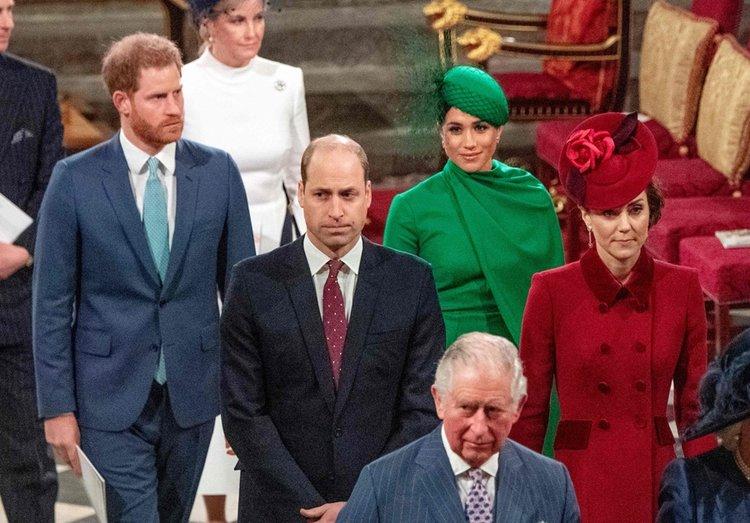 Kraliyet ailesi Commonwealth Day'de soğuk rüzgarlar estirdi!