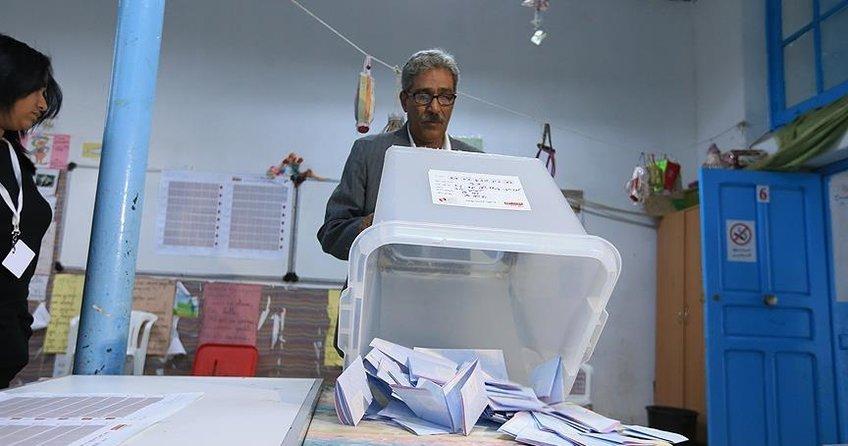 Tunus yerel seçimlerinde bağımsızlar birinci