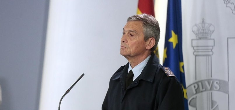 DEFENSE OFFICIAL RESIGNS FOR EARLY VIRUS SHOT IN SPAIN