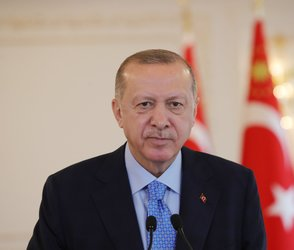 COVID-19 restrictions to be lifted gradually: Erdoğan