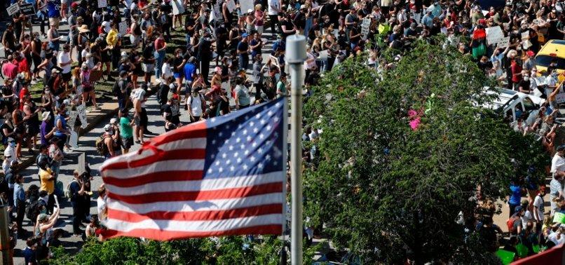 US SENATOR URGES USE OF MILITARY AGAINST FLOYD PROTESTS