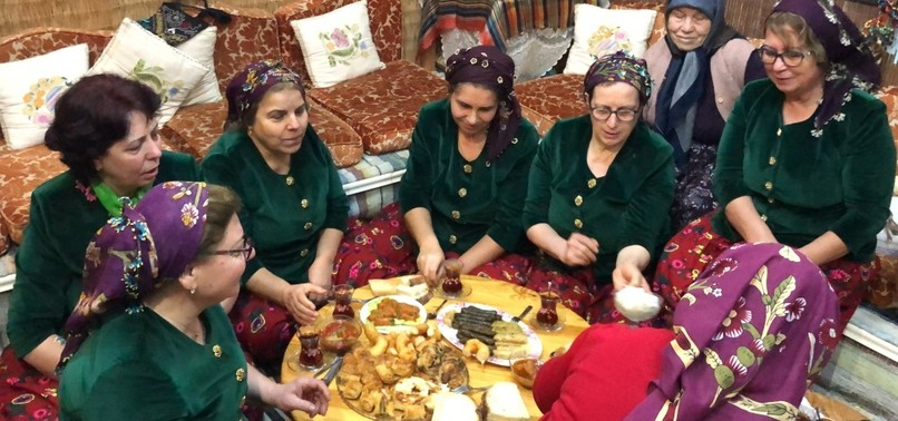 DESCENDANTS OF WWI MIGRANTS KEEP TRADITION ALIVE THROUGH CULINARY ARTS