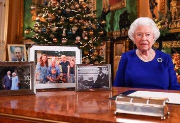Kraliçenin fotoğraf albümünde Meghana yer yok!
