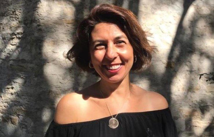 Sosyetenin ünlü isimlerinden olan ancak daha çok 'Değişim, Dönüşüm ve İletişim Koçu' unvanıyla adından söz ettiren Raquel Habib, yeni bir eğitim programına başlıyor.