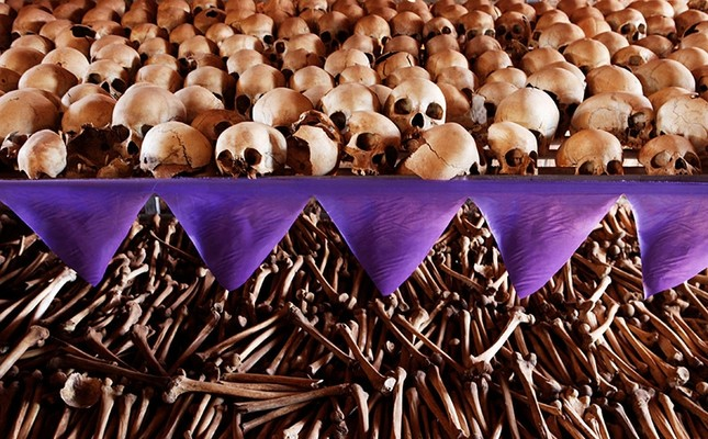 The skulls and bones of Rwandan victims rest on shelves at a genocide memorial inside the church at Ntarama just outside the capital Kigali. (Reuters Photo)