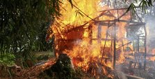 HRW seeks urgent probe into burning of Rohingya village