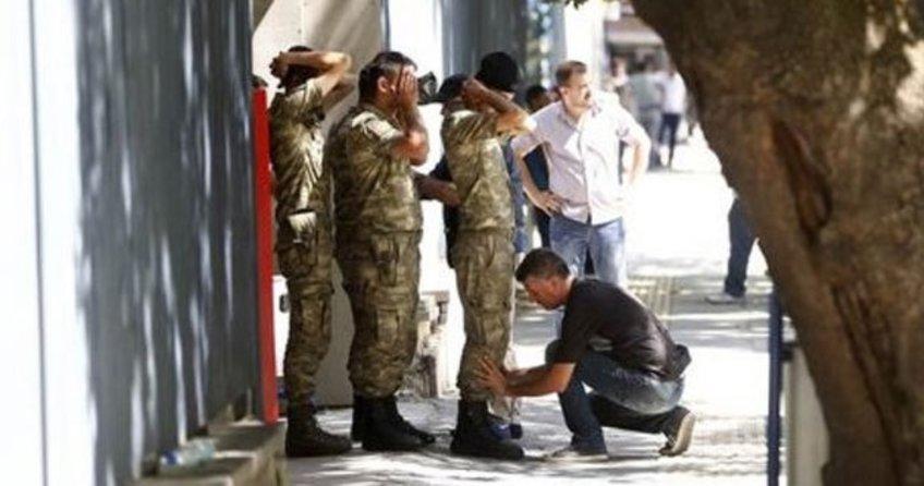 Balıkesir'de merkezli 9 ilde 20 asker gözaltına alındı