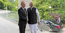 India chooses to follow balanced policy with US, Russia