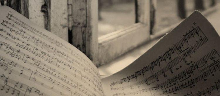 Müzik ve şiiri harmanlamış bir mürettip
