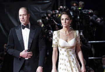 Kate Middleton: Halkın bize olan desteğine ve mutluluğumuzu halk ile paylaşabildiğimiz için çok minnettarız