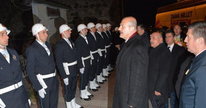 Bakan Süleyman Soylu: Biz ona 4 tane duvar verdik, şimdi istediğine sırtını dayasın