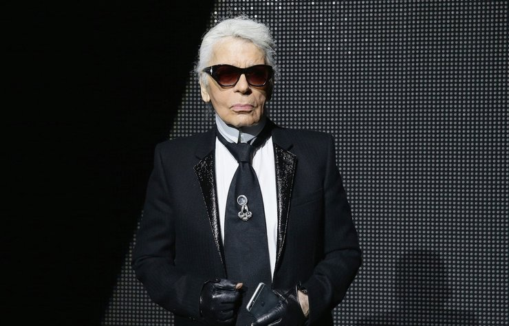 İtalyan moda evi Fendi, Roma'da Karl Lagerfeld anısına özel bir defile düzenleyecek.