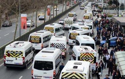 İstanbulda servis araçlarının ortalama seyir hızı 11,7 km/s olduğu için...