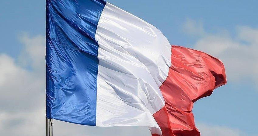 Fransada Müslümanları hedef alan karar iptal edildi