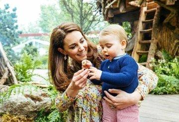 Kate Middleton Prens Louis'le birlikte müzik dersinde