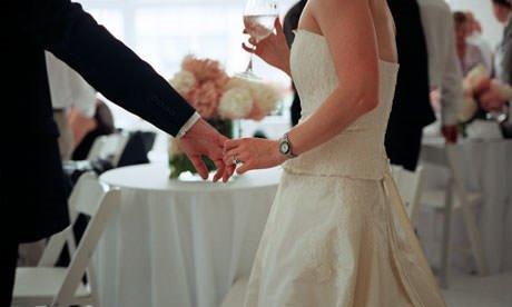 Bekar kalmak mı evlenmek mi?