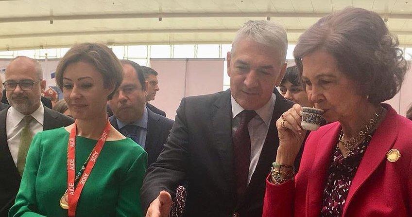 İspanya Kraliçesine Türk kahvesi ikram ettiler