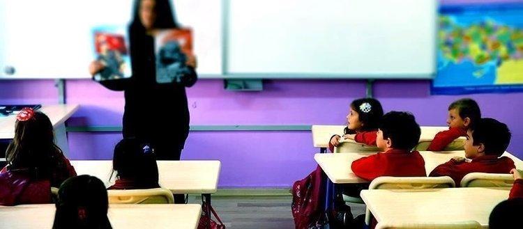 MEB'den öğretmen adaylarına pedagojik formasyon hakkı