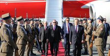 Erdogan arrives in Warsaw for trade talks