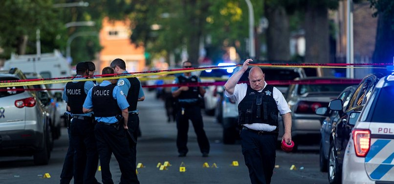 CHICAGOS JULY FOURTH WEEKEND ENDS WITH 17 DEAD, 70 WOUNDED