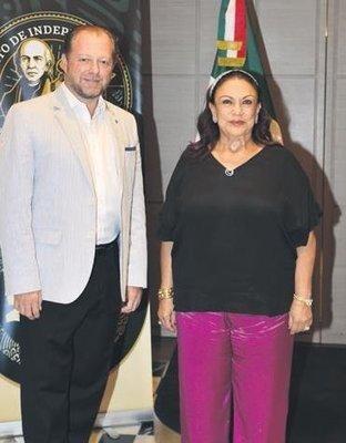 MEKSİKA'YA GİTMİŞ KADAR OLDULAR