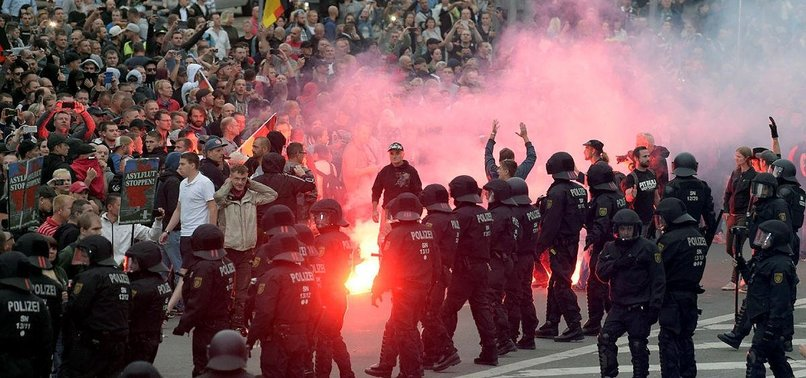 GERMAN POLICE CHIEF WARNS OF FAR-RIGHT TERROR THREAT