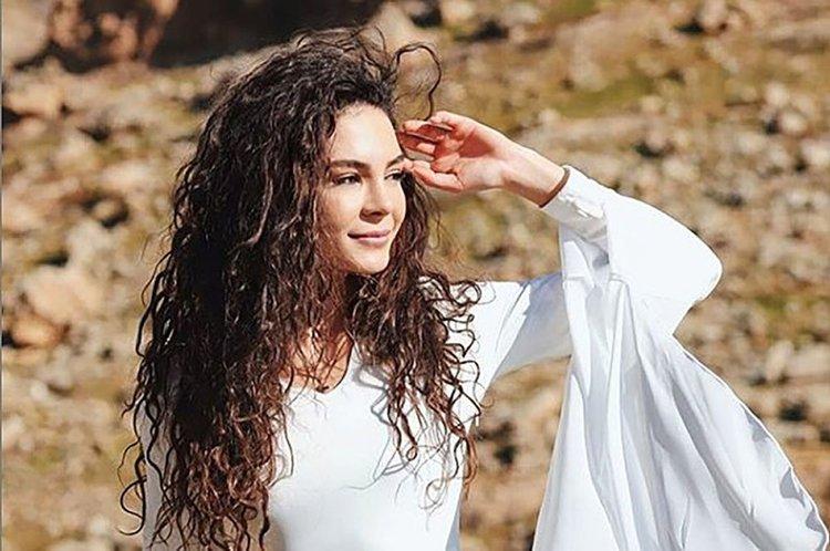 Ebru Şahin 'Şuursuz Aşk' filminin çekimlerine başladı