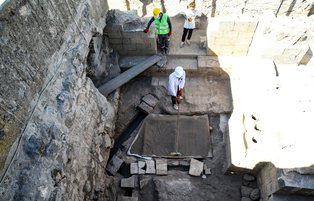 1,700-year-old Roman tombs unearthed in Turkey